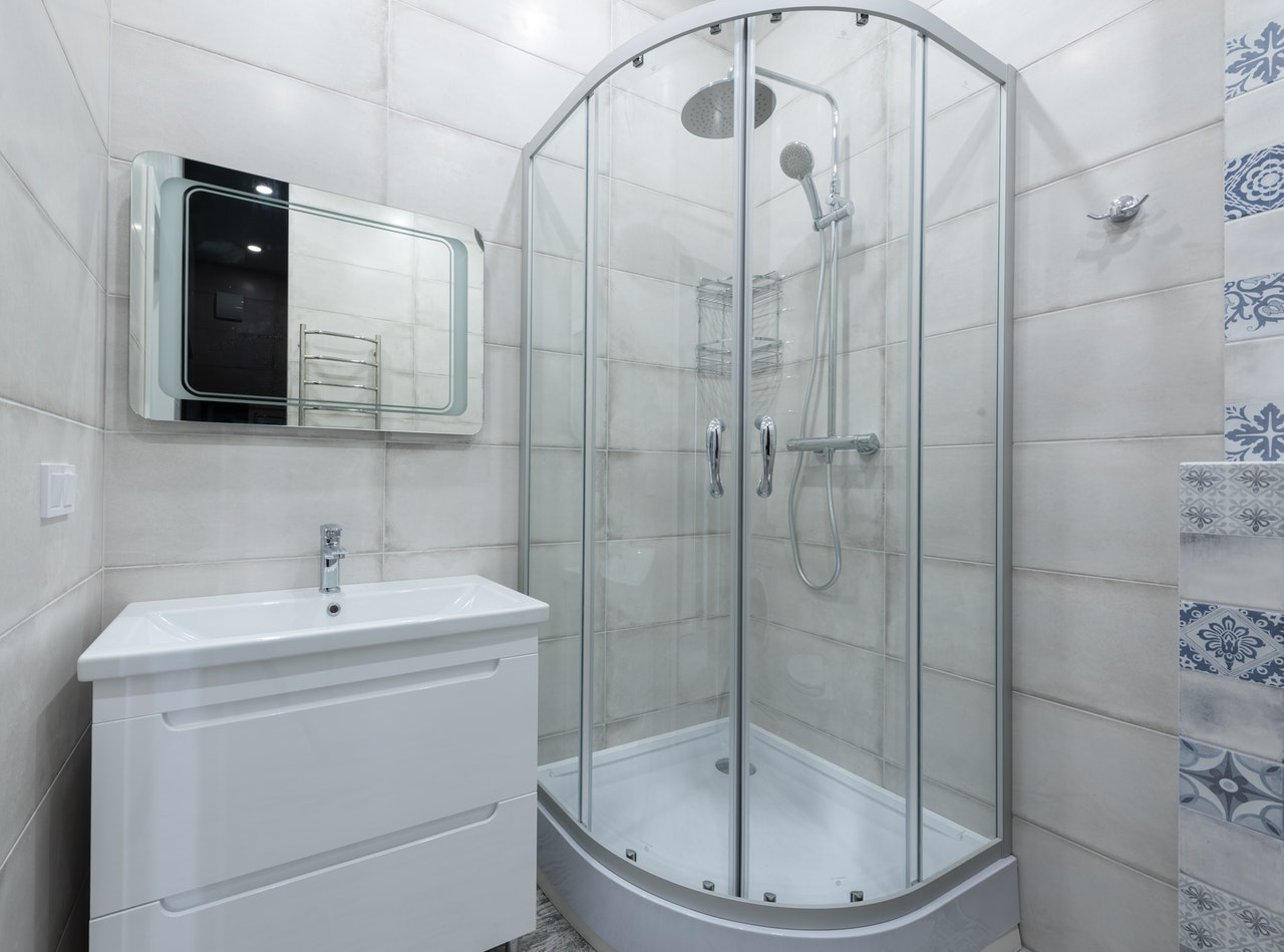 Douche intégrale, italienne ou hammam : laquelle choisir ?